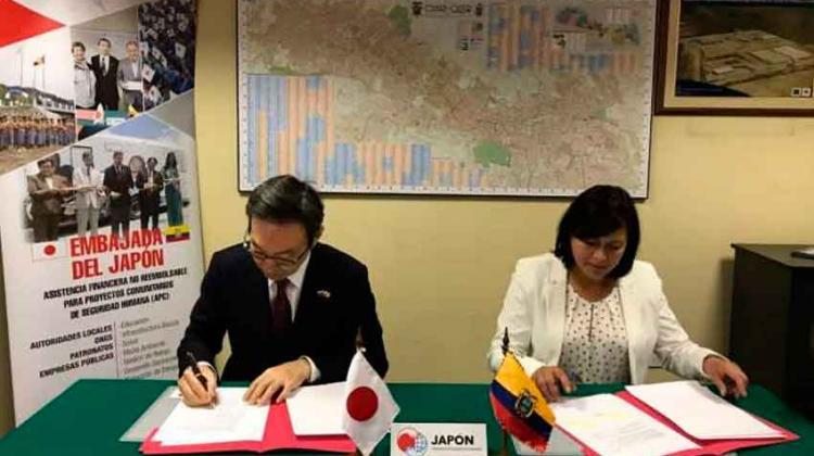 Japón dona más de 80 mil dólares para bomberos de Mira