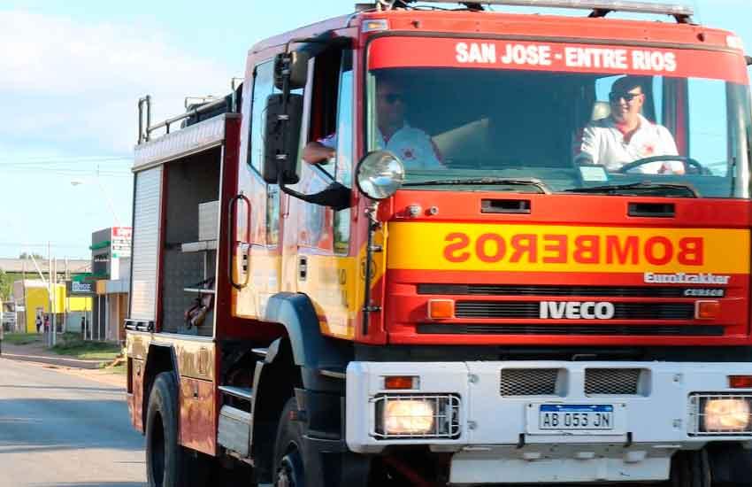 Bomberos Voluntarios de San José celebraron su 25º aniversario