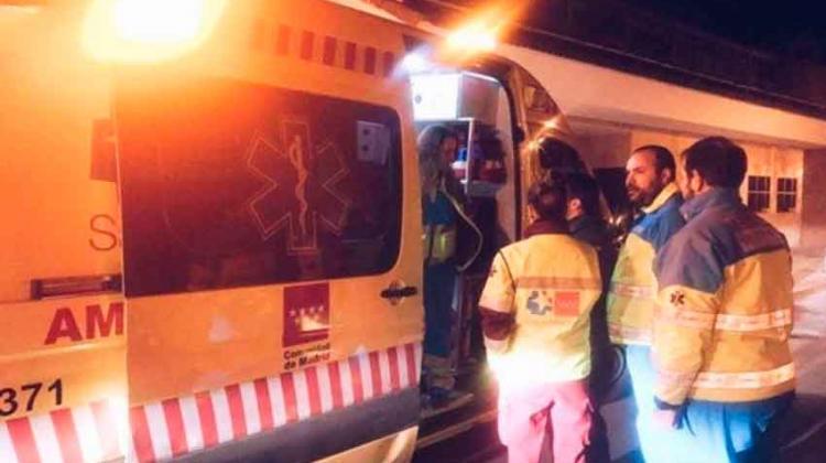 Siete bomberos han sido atendidos tras un incendio