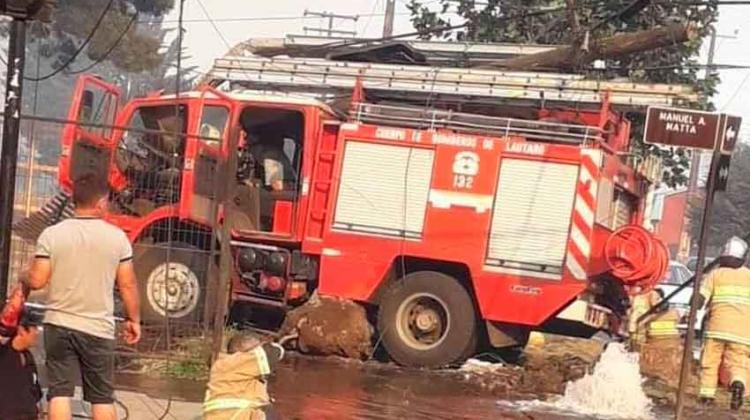Tres lesionados deja colisión de carro de Bomberos