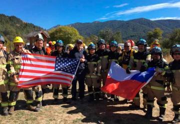 Bomberos de Temuco se especializan en combate de incendios forestales
