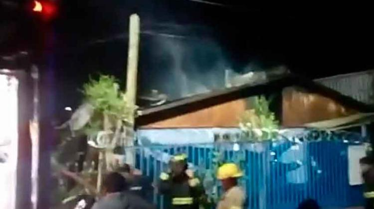 Roban elementos a bomberos Durante siniestro