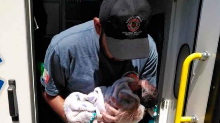 Joven da a luz en su casa con ayuda de bomberos