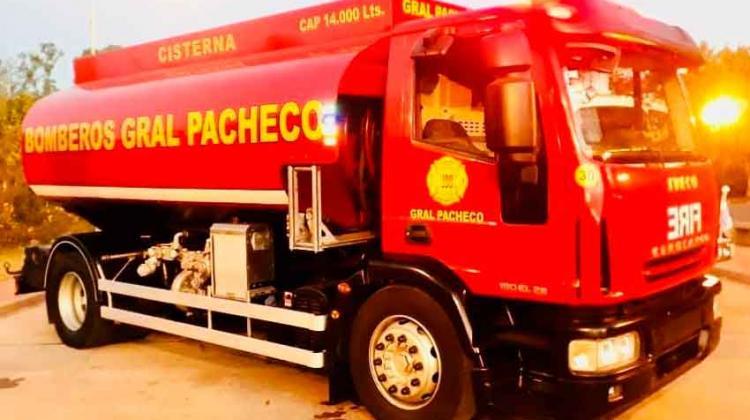 Nuevo Cisterna para Bomberos Voluntarios de General Pacheco