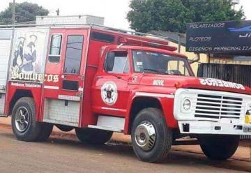 Bomberos de Villa Bonita adquirieron autobomba