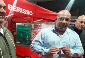Roberto Scafati asumió la presidencia de Bomberos de Berisso