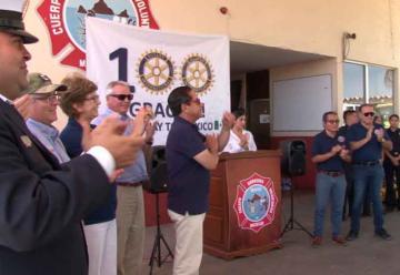 Bomberos de Mazatlán reciben equipamiento y un vehículo
