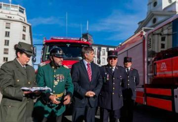 Bomberos de Magallanes recibieron nuevos carros