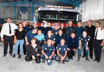 Bomberos Voluntarios de Empalme inauguraron su cuartel