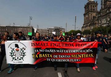 Suspenden a líder sindical de los bomberos por corrupción