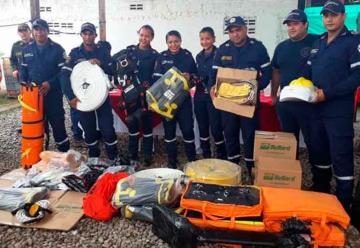 Entregan herramientas al Bomberos del municipio de Albania