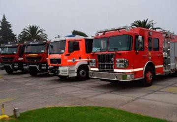 Entregaron nuevos carros para Bomberos de la Región de Magallanes