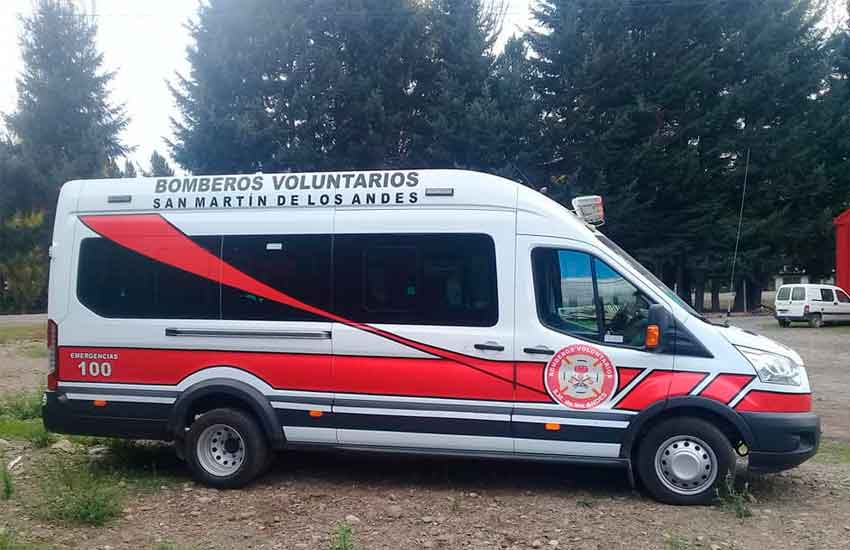 FORD TRANSIT BUS- 2015 - Bomberos de San Martin de los Andes