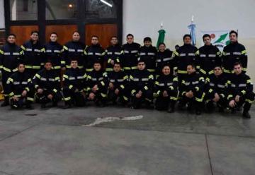 Bomberos Voluntarios de Esquel con nueva indumentaria