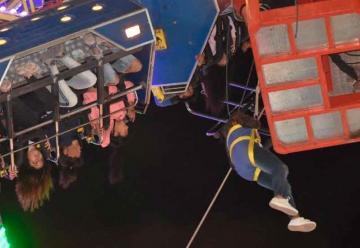 Una atracción mecánica se rompió y 36 personas fueron rescatadas
