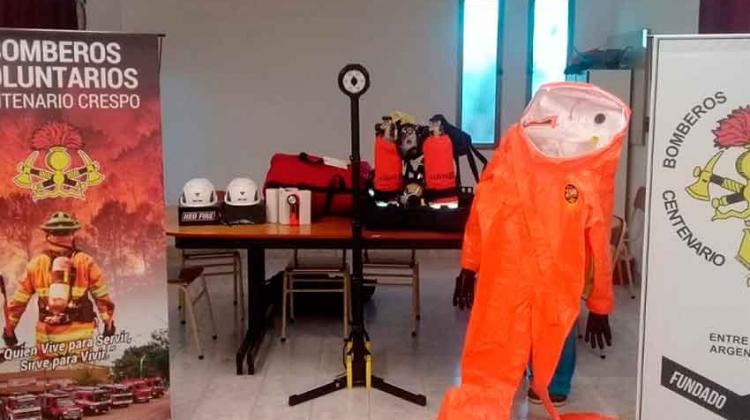 Bomberos de Crespo incorporaron elementos de protección personal