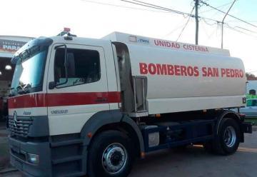 Bomberos de San Pedro con Nueva Unidad Cisterna
