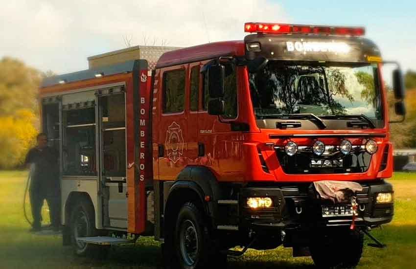 Nueva Unidad 0km para los Bomberos Voluntarios de Bolivar