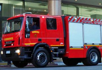 Bomberos adquirió vehículos y equipos de protección personal