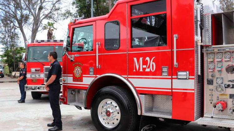 Refuerzan bomberos Tijuana con ocho unidades nuevas