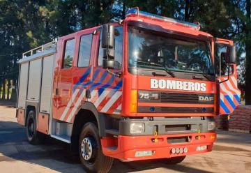 Bomberos Voluntarios de Devoto recibieron nueva autobomba
