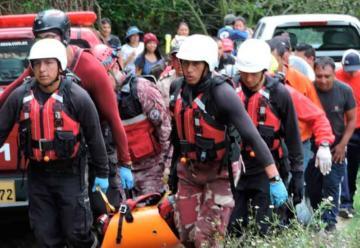 Hallan cadáver de bombero que cayó al río durante la búsqueda de un desaparecido