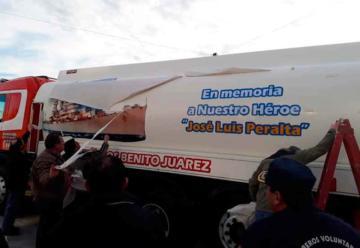 Bomberos Voluntarios de Benito Juárez presentó la flamante unidad cisterna