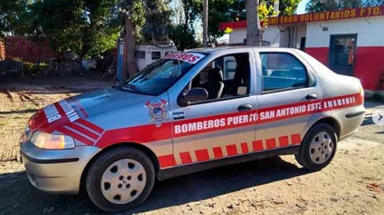 Bomberos Voluntarios Puerto San Antonio Este con nueva unidad
