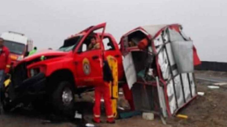 Trágico Despiste de Unidad de Bomberos de Huacho