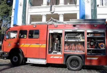 Bomberos presentaron una nueva unidad adquirida con aportes del municipio