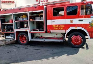 Bomberos de Dominico Wilde vende autobomba