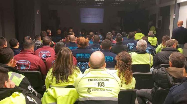 El servicio de emergencias de Israel realizó un ejercicio con Bomberos de Buenos Aires