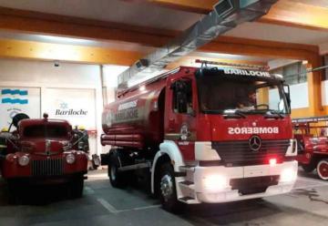 Camión cisterna para Bomberos de Bariloche