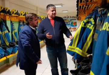 Director del Ministerio de Seguridad visitó a los Bomberos de La Boca