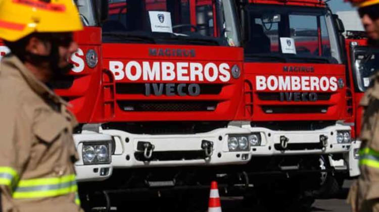 Pacientes fueron trasladados en carros de Bomberos por falta de ambulancias