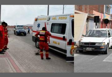 Chocan ambulancia de la compañía de bomberos N° 24