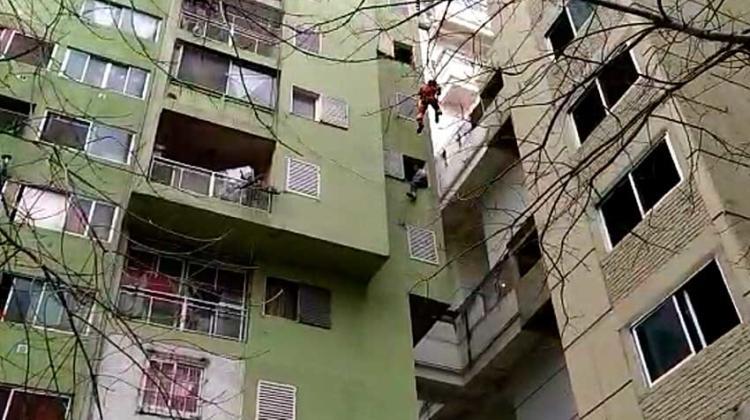 Intentó suicidarse y los bomberos le salvaron la vida