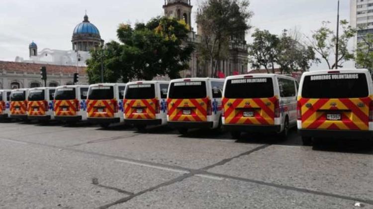 Bomberos Voluntarios con nueva flotilla de ambulancias