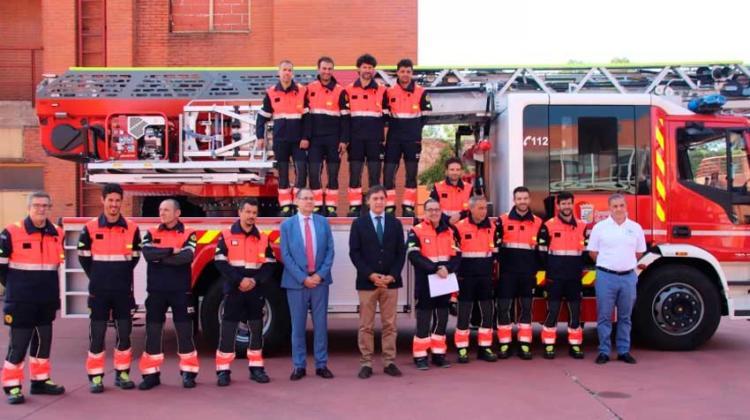 Bomberos de Salamanca presentan su nuevo camión autoescala