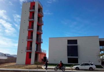 Inauguran moderno cuartel de bomberos en Tarija