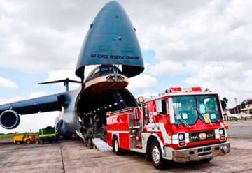 EE.UU dona vehículos y equipo a Bomberos para combatir incendios