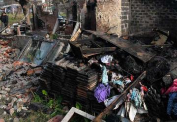 Familiares denunciaron demoras en la llegada de los bomberos