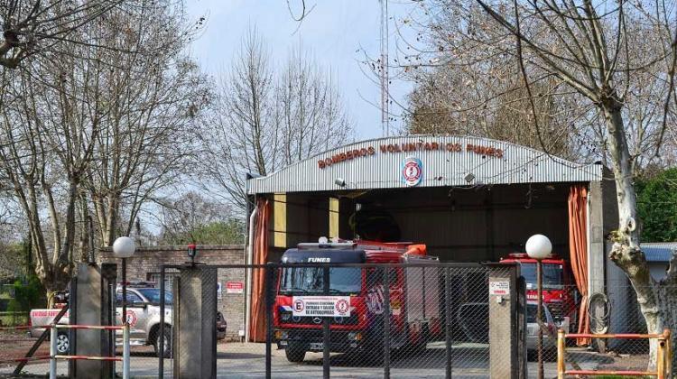 Bomberos voluntarios anunciaron cese de actividades