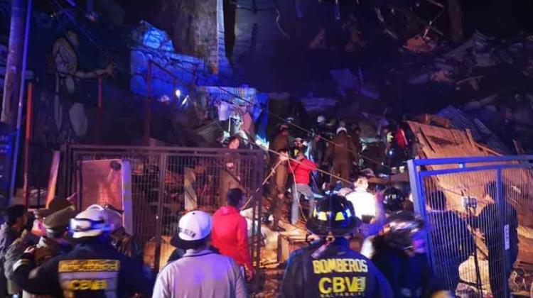 Cuatro fallecidos por derrumbe de vivienda en Valparaíso
