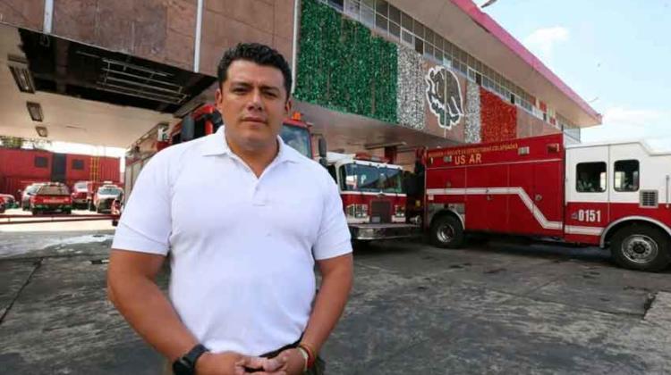 Inhabilitan a ex dirigente del Cuerpo de Bomberos de México