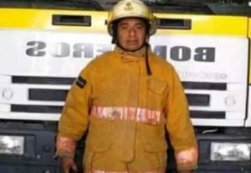En grave estado están los bomberos alcanzados por el fuego