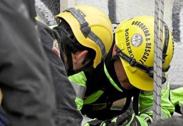 Delincuente resultó herido tras caer desde techo de cuartel de Bomberos