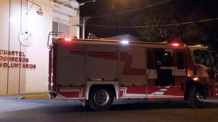 Bomberos de Casilda abandonaron incendio por falta de apoyo policial