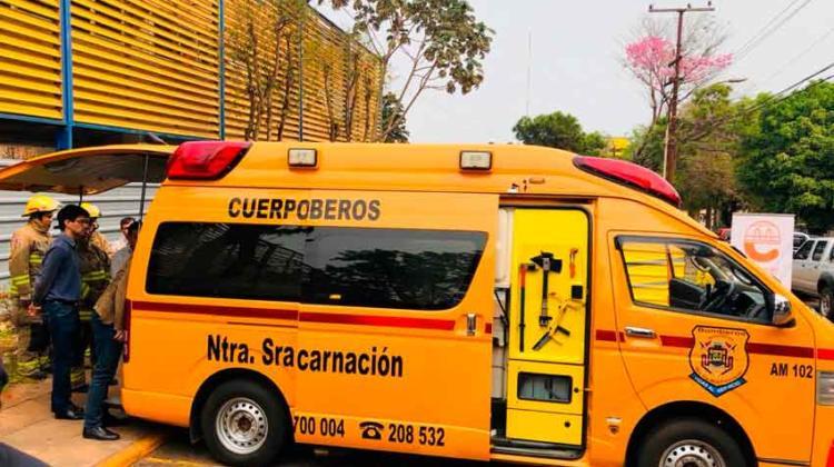 Bomberos adquieren ambulancia gracias al aporte municipal