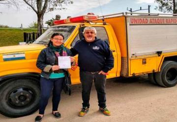 Nuevo autobomba de Bomberos Voluntarios La Paz